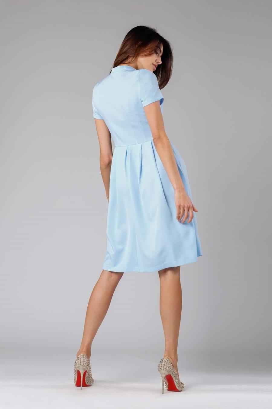 32b1dbb2 Rozkloszowana Sukienka z Guzikami Jasnoniebieska NA1131