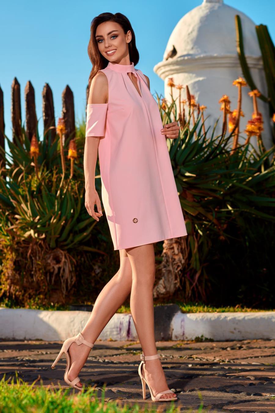 bc6a189a34 Trapezowa Sukienka z Odkrytymi Ramionami Pudrowa LEL245 BESIMA.pl